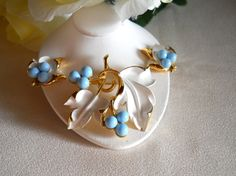 Vintage Sarah Coventry Placid Beauty Brooch by JanesVintageJewels, $45.00