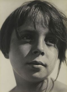 photo-secession:  Aenne Biermann -Daughter Helga ca 1930