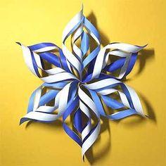 折り紙で雪の結晶の折り方!立体で簡単クリスマス飾りの作り方 | セツの折り紙処 Decor Crafts, Diy And Crafts, Crafts For Kids, Paper Crafts, Christmas Balls, Christmas Crafts, Christmas Decorations, Origami Design, Paper Decorations