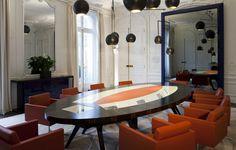 Bureaux, Siège Sociaux, Head Office XAR HOLDING Table de conseil & bureau d'accueil made by James  @lamaisonjames