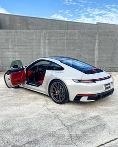 Create, automate and sell online with the best all-in-one tool. Sales tunnel, auto-responder, member site, affiliate program & more. Porsche Panamera, Porsche 911 R, Porsche Sports Car, Porsche Carrera, Sexy Cars, Hot Cars, 007 Casino Royale, Nissan Gt R, Nissan 370z