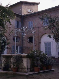 Chiostro del Convento di San Giovanni #Bagnacavallo (foto Archivio Comunale) Italy