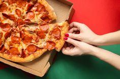 ►► FREE PIZZA - BIG List of Restaurants That Will Give You FREE PIZZA! ►► #Free, #FreePizza, #FREEStuff, #Freebie, #Pizza, #PizzaPie ►► Freebie Depot Orange Juice And Vodka, Fuzzy Navel, Refreshing Summer Cocktails, Peach Schnapps, Strawberry Puree, Frozen Pizza, Soup Kitchen, Trivia Quiz, Waiting