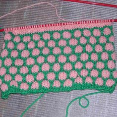 Crocus Needle Arts School Articles - Knitting - Blister Check or Coin Stitch Pattern