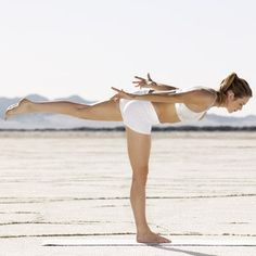 Full Body Workouts For Mass : You can do these 25 exercises, like this warrior III pose, anywhere, so they're . - All Fitness Full Body Workouts, Quick Workouts, Butt Workouts, Pilates, Warrior Pose, Downward Dog, Yoga Moves, Jump Squats, Body Fitness