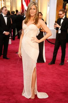 Jennifer Aniston in Atelier Versace at The Oscars 2015