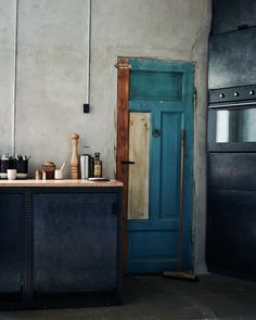 THE KINFOLK HOME TOURS: THE WORK IN PROGRESS Photographs by Ditte Isager Styling by Nathalie Schwer