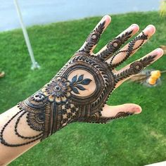 Explore Best Mehendi Designs and share with your friends. It's simple Mehendi Designs which can be easy to use. Find more Mehndi Designs , Simple Mehendi Designs, Pakistani Mehendi Designs, Arabic Mehendi Designs here. Rajasthani Mehndi Designs, Indian Henna Designs, Henna Hand Designs, Latest Bridal Mehndi Designs, Mehndi Designs 2018, Modern Mehndi Designs, Dulhan Mehndi Designs, Wedding Mehndi Designs, Mehndi Designs For Hands