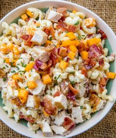 Easy and quick Chicken Bacon Ranch Pasta Salad. Easy and quick Chicken Bacon Ranch Pasta Salad. Bacon Ranch Pasta Salad, Chicken Bacon Ranch Pasta, Caprese Pasta Salad, Best Pasta Salad, Salad Chicken, Spaghetti Salad, Bacon Salad, Asian Pasta Salads, Dinner Salads