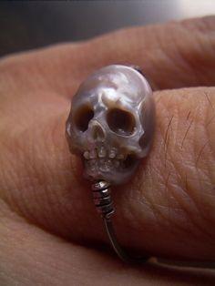 Pearl skull | SHINJI NAKABA WTF ITS A RING?!?!!??!!