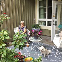 Katy enjoys a visit with Margaret outside on her balcony here at Thornebridge Gardens Retirement Residence in New Westminster! 😊#vervecares #community #goodtimes #summervibes Senior Living Communities, Emergency Response, Assisted Living, Westminster, Summer Vibes, Good Times, Retirement, Balcony, Terrace