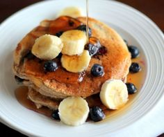 Oatmeal Cottage Cheese Banana Pancakes {high in protein, gluten-free} | Ambitious Kitchen