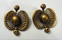 Seppo Tamminen, modernist bronze clip earrings, 1970's. #Finland