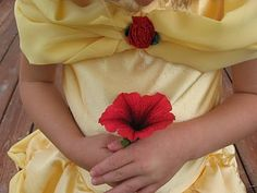 Belle costume, tutorial. Oh crap... now I'm gonna have to make this!