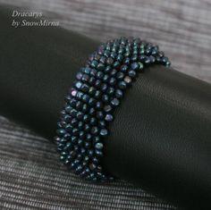 by Aleksandra SnowMirna Lysenko Beadwork, Beading, Weaving Techniques, Bead Weaving, Crafts To Make, Jewelry Crafts, Seed Beads, Bracelets, Beads