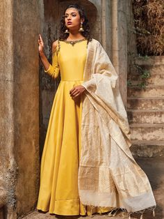 Shop online latest 2017 Ready made Indian Salwar kameez in Anarkali style, Straight cut, Punjabi Style, Palazzo and more at affordable prices. We provide Worldwide shipping.