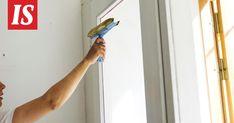 Hannu Similän mukaan ikkunaan ei jää pestessä raitoja, kunhan osaa kääntää lastaa juuri oikeassa kulmassa. Hair Dryer, Beauty, Dryer, Beauty Illustration