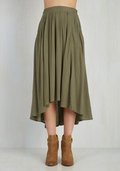 Easygoing Energy Skirt From the Plus Size Fashion Community at www.VintageandCurvy.com