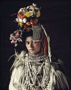 dropka tribe, india - jimmy nelson Tribal Women, Tribal People, Papua Nova Guiné, Costume Ethnique, Jimmy Nelson, Ethno Style, Indigenous Tribes, World Pictures, Portraits