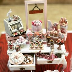 Pink sweet table miniature