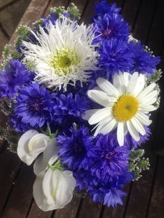 Garden posy 13th July, fresh & vibrant blues & whites