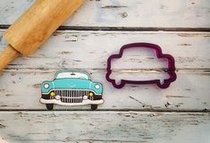2 5 x 4 1 8 Vintage Car Cookie Cutter and Fondant by BobbisCookiesCutters Number Cookie Cutters, Custom Cookie Cutters, Custom Cookies, Car Cookies, Onesie Cookies, Fondant Flower Cake, Fondant Bow, Fondant Tutorial, Fondant Cakes