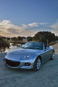 Vehicle Review: 2014 Mazda MX-5 Grand Touring
