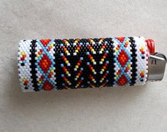 Beaded Lighter Case with leather bottom Beaded Flowers Patterns, Native Beading Patterns, Peyote Beading Patterns, Peyote Stitch Patterns, Beadwork Designs, Beaded Earrings Patterns, Native Beadwork, Native American Beadwork, Loom Beading
