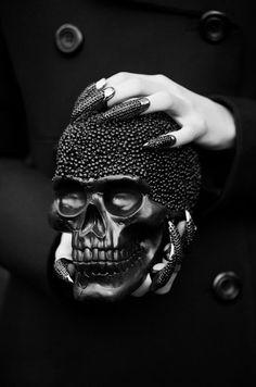 Photographer - Marie H Rainville  ~Model - Marjory @ Dulcedo  ~Styling - Catherine Simard  ~Makeup & hair - Cléo Bolduc