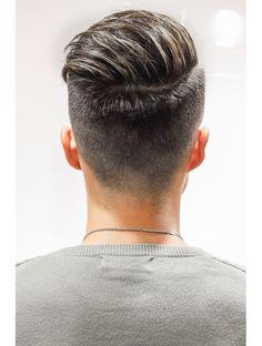 bahloolgoong - 0 results for beauty Undercut Hairstyles, Hairstyles Haircuts, Haircuts For Men, Trending Hairstyles For Men, Gents Hair Style, Herren Outfit, Fade Haircut, Beard Styles, Hair Highlights