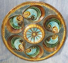 VERY-RARE-ANTIQUE-OYSTER-MAJOLICA-PLATE