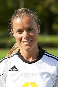 Sara Thunebro - Eskilstunba United