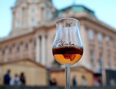 Things to do in Budapest - Budapest Mates, Wine bar, Beer bar, Ruin Pub, Boat tours, Helicopter sightseeing Budapeste.