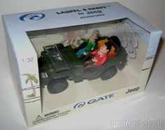 Laurel & Hardy Army Willy Jeep Adventures 1:32 Diecast Model Car Route 66 Gate