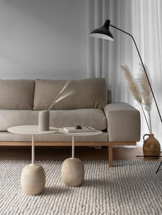 Sofas For Small Spaces, Small Living Rooms, Home Living Room, Living Room Decor, Decorating Small Living Room, Modern Interior Design, Interior Design Living Room, Living Room Designs, Minimal Home Design