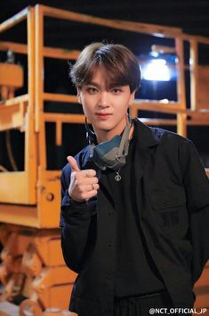 Individual Pictures of NCT 127 members during filming 'Chain' music video. Jaehyun, Nct 127, Winwin, Taeyong, K Pop, Nct Debut, Rapper, Johnny Seo, Fandoms