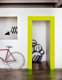 neon yellow the door frame Color Inspiration, Interior Inspiration, Color Composition, Flur Design, Yellow Doors, Interior Decorating, Interior Design, Blog Deco, Painted Doors