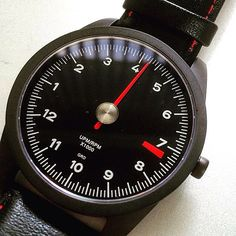 #Sunday is here! Time for a #drive #RL72 #watch  @officiallenspeed GuardsRed-Design.com