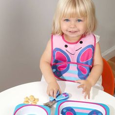 Product Image for SKIP*HOP® Zoo Tuck-Away Bib in Butterfly 2 out of 4