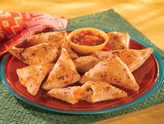 Bite-size appetizers are always perfect for entertaining and these Nacho Cheese Bites fit into both casual settings or more upscale cocktail parties. If you're looking for the best easy appetizer recipes for a crowd you've found a winner here! Easy Appetizer Recipes, Snack Recipes, Cooking Recipes, Savory Snacks, Cheese Recipes, Easy Cooking, Easy Recipes, Keto Recipes, Easy Meals