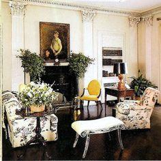 1965 living room cherryfields mrs nancy pyne f schumacher pyne hollyhock - classic chintz on this living room furniture