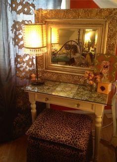 DIY bedroom vanity <3
