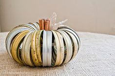 Life as a Thrifter: Wednesday Redo: Mason Jar Lid Pumpkin