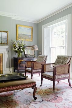 Home Design Drawing - We take a look at the work of antique dealer, furniture designer and decorator Max Rollitt. Discover the work of the best interior designers in the UK with House Home Design, Design Salon, Home Interior Design, Interior Decorating, Design Design, Design Hotel, Luxury Interior, Design Ideas, Design Projects
