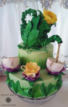 Tea Party springtime cake with modeling chocolate pitcher and pastillage teacups. Fondant accents and flowers. A sugar artist tea party! Gravity Defying Cake, Gravity Cake, Fondant Cakes, Cupcake Cakes, Fondant Bow, Marshmallow Fondant, Fondant Tutorial, Fondant Flowers, Fondant Figures
