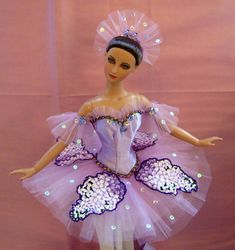 New Lilac Fairy costume (from the Sleeping Beauty ballet). Sleeping Beauty Ballet, Crochet Barbie Patterns, Doll Costume, Barbie Costumes, Ballerina Barbie, Dancing Dolls, Ballet Art, Fru Fru, Beautiful Barbie Dolls