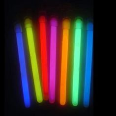 Glow_in_the_Dark_Sticks_with_Lanyard