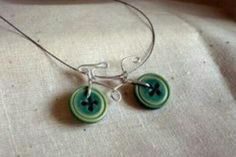 So cute (A Button bicycle necklace)