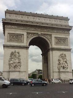 Paris - Arco do Triunfo /  2012