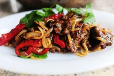 Beef with red peppers and rice noodle stir fry- Ree Drummond / The Pioneer Woman, via Flickr